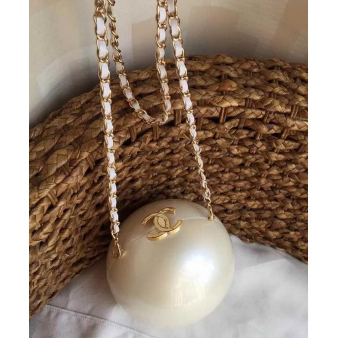 2fdbbc67f678fb instock! CC Chanel Beauty VIP Plexiglass Pearl Ball Bag (White Pearl ...