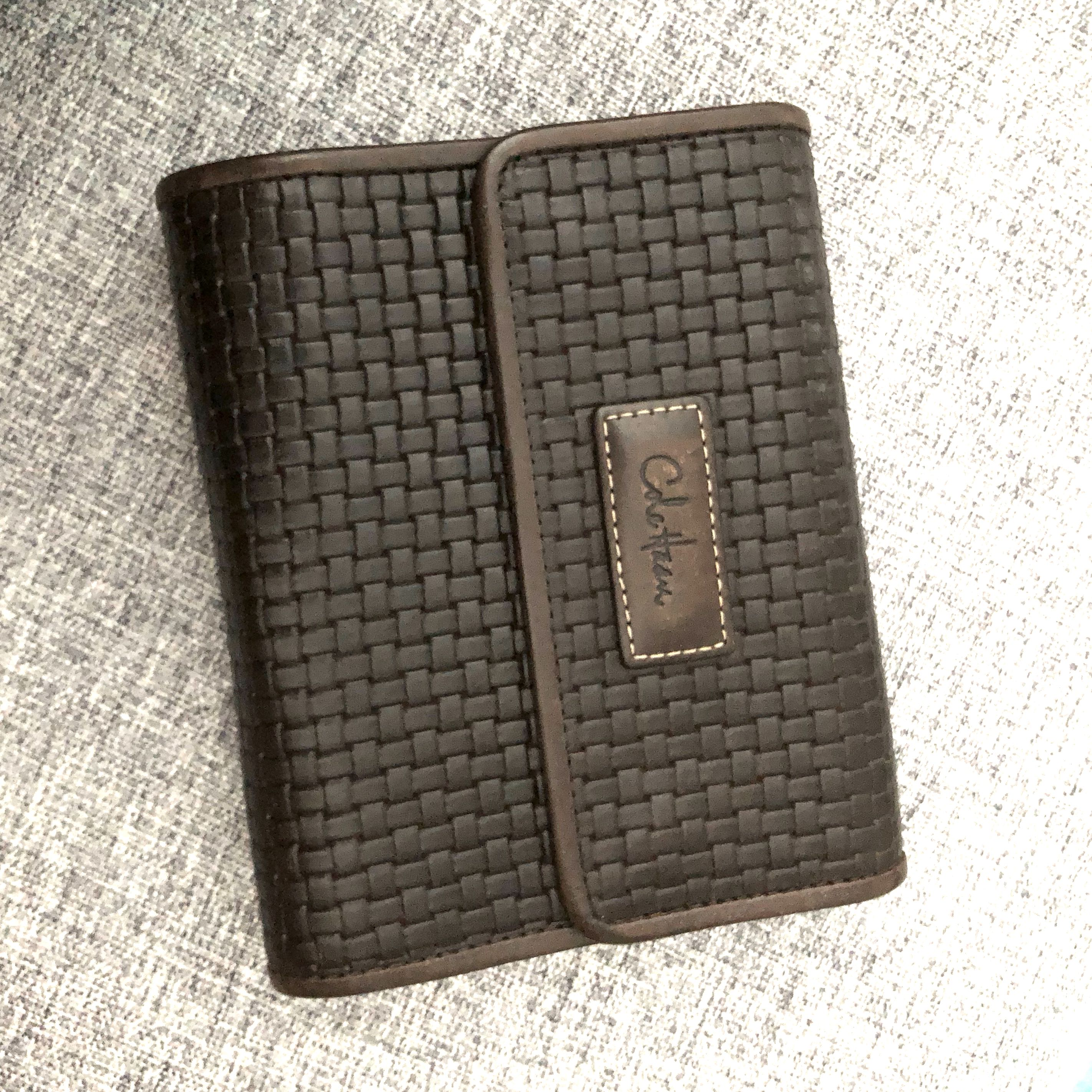 85a3acda7cb Cole Haan Leather Card Wallet, Women's Fashion, Bags & Wallets ...