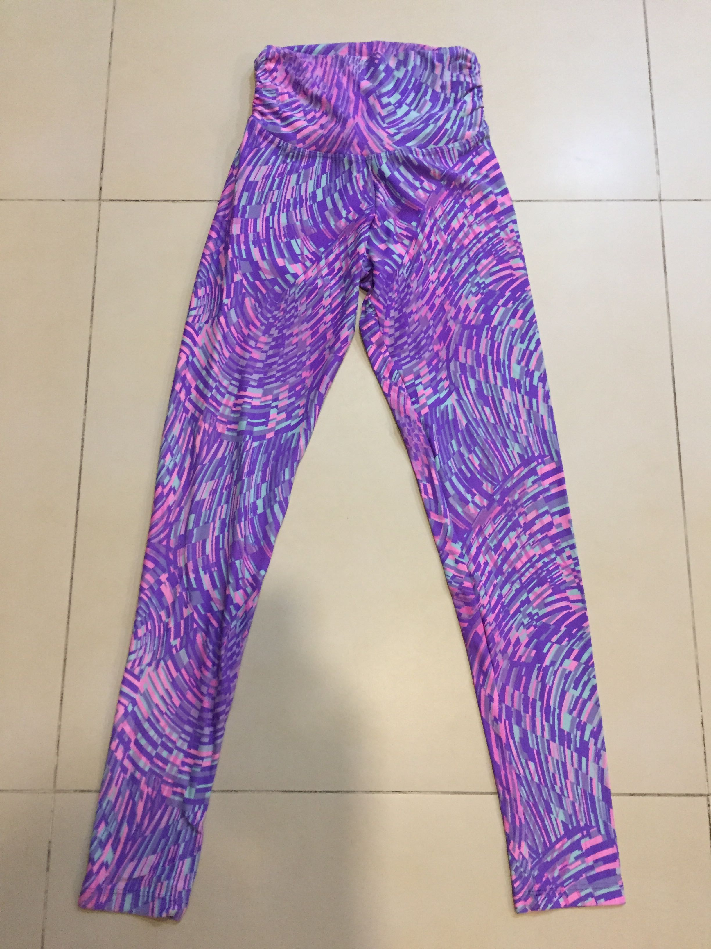60b79fec011be Liquido Active : Quality leggings, Sports, Sports Apparel on Carousell