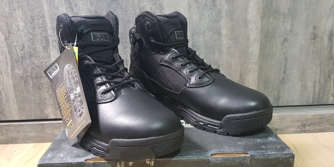 ac11c3deb85 Magnum Stealth Force 6.0 Side Zip Wide *Brand new in box*