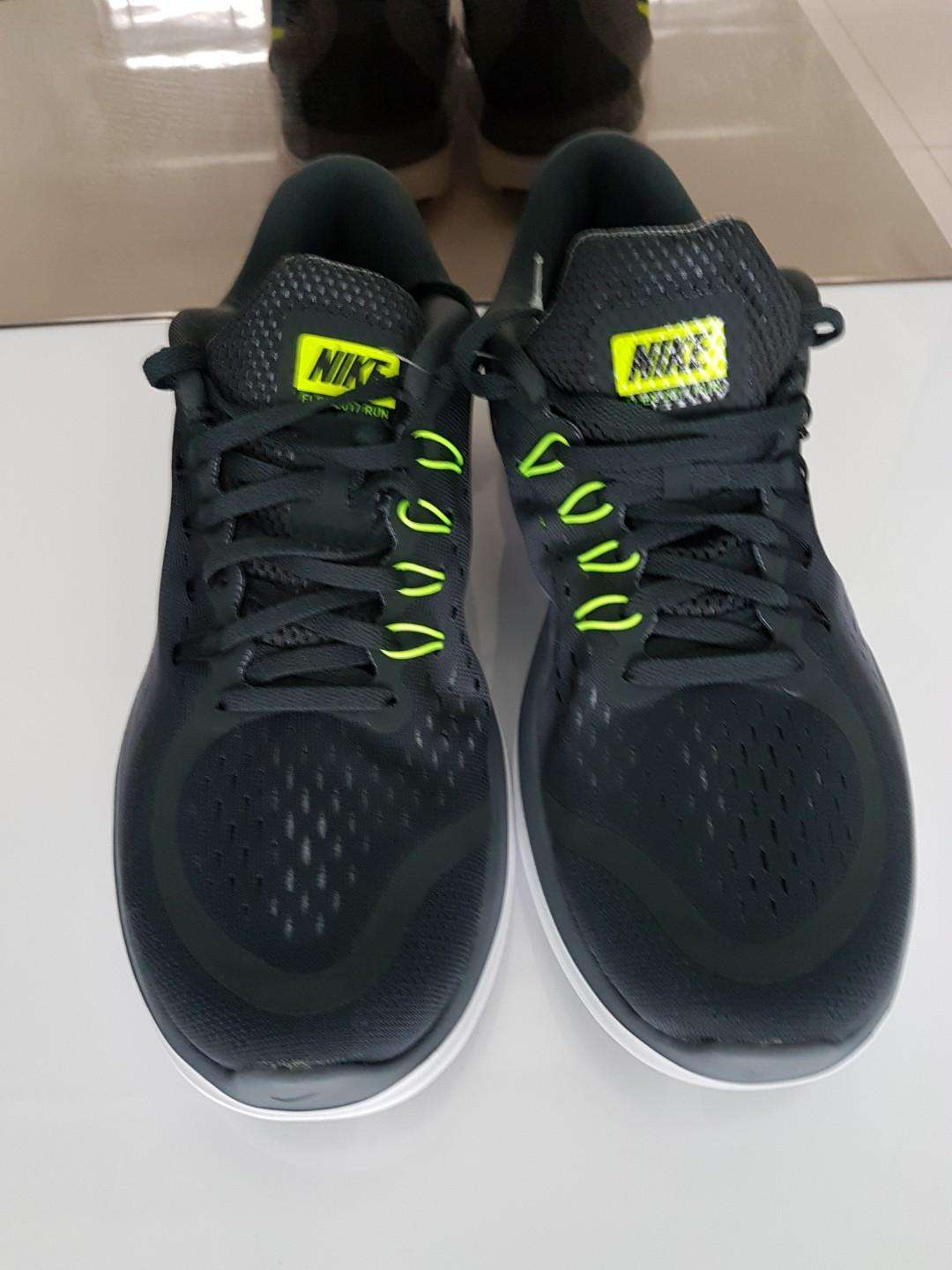 New Nike Shoes@ RARE price!, Sports