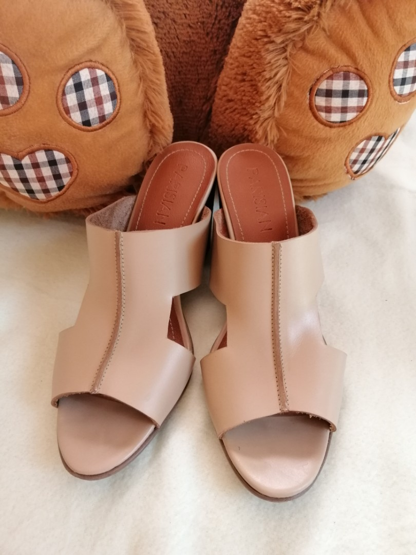 e3d70a36e017e Home · Women s Fashion · Shoes. photo photo photo photo