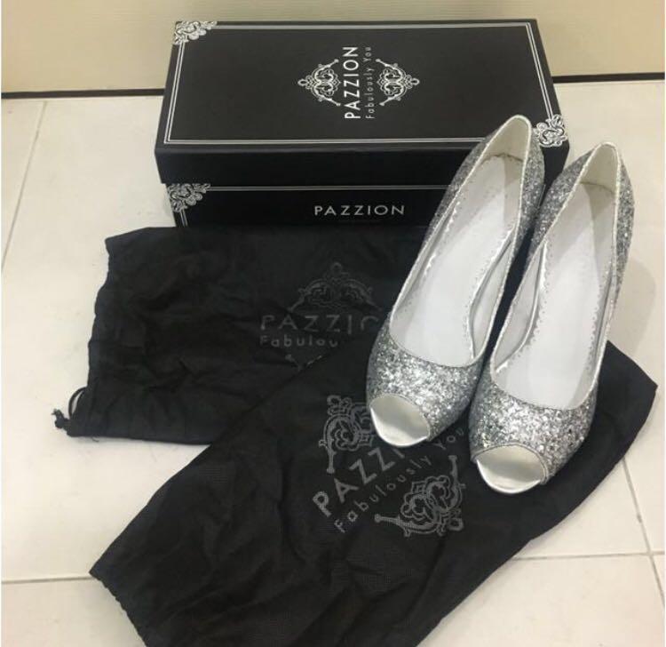 aaf2e977cc9 Pazzion Silver Glitter Peep-toe Cinderella Heels
