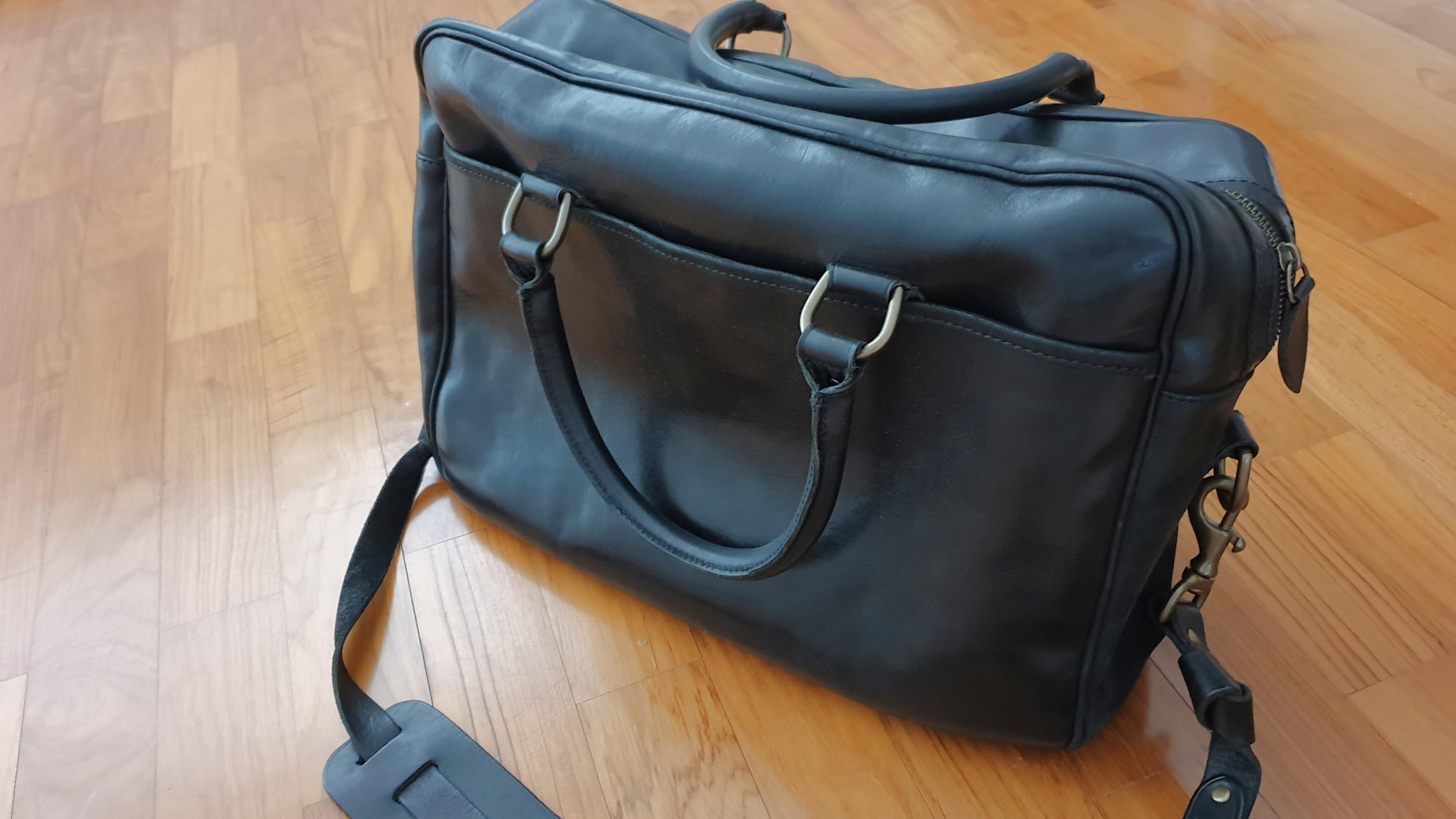 5dfa44a5771a Polo Ralph Lauren leather commuter bag