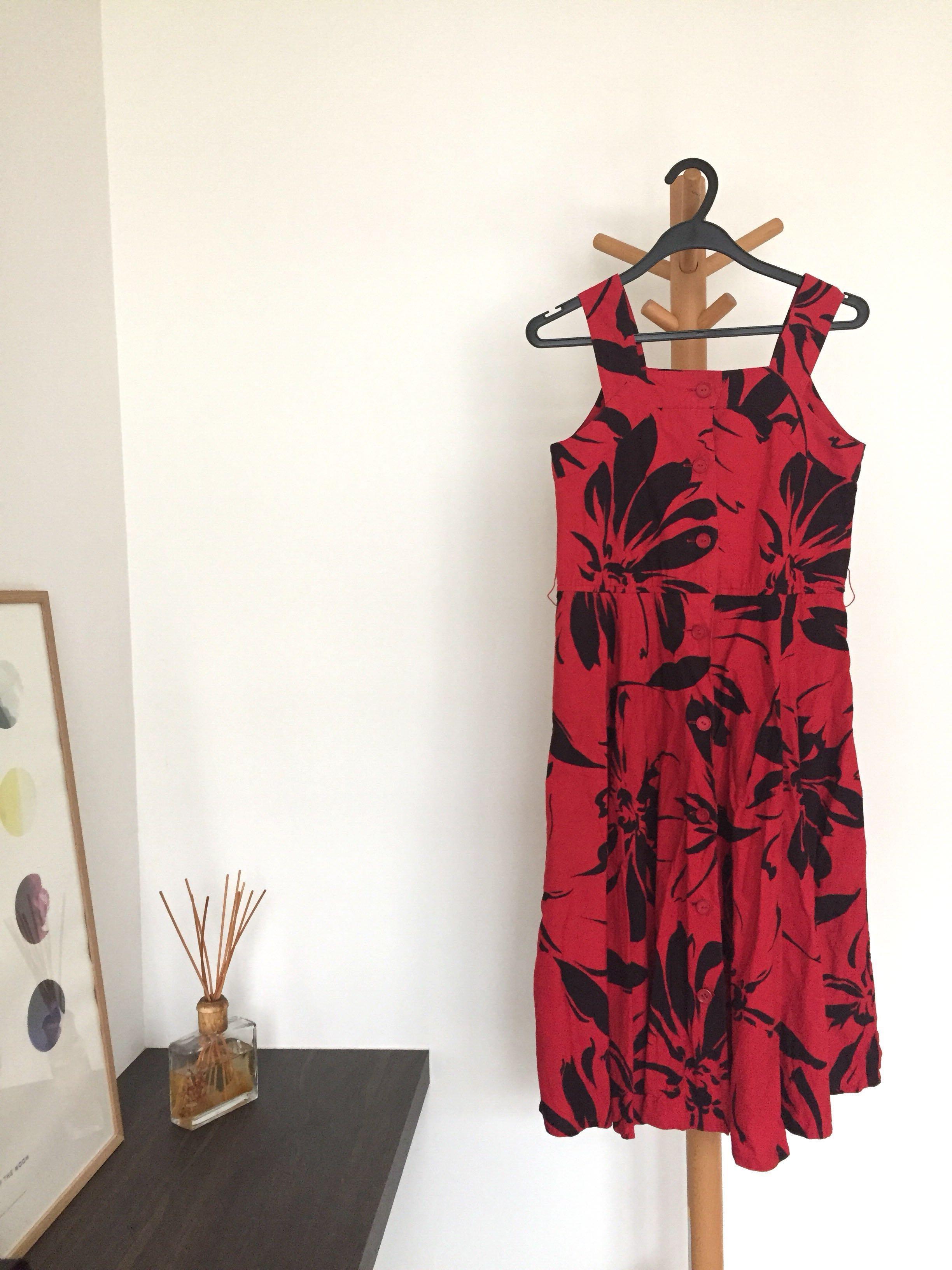 f496b2fd7ea9 Vintage Graphic Floral Black Red Summer Dress
