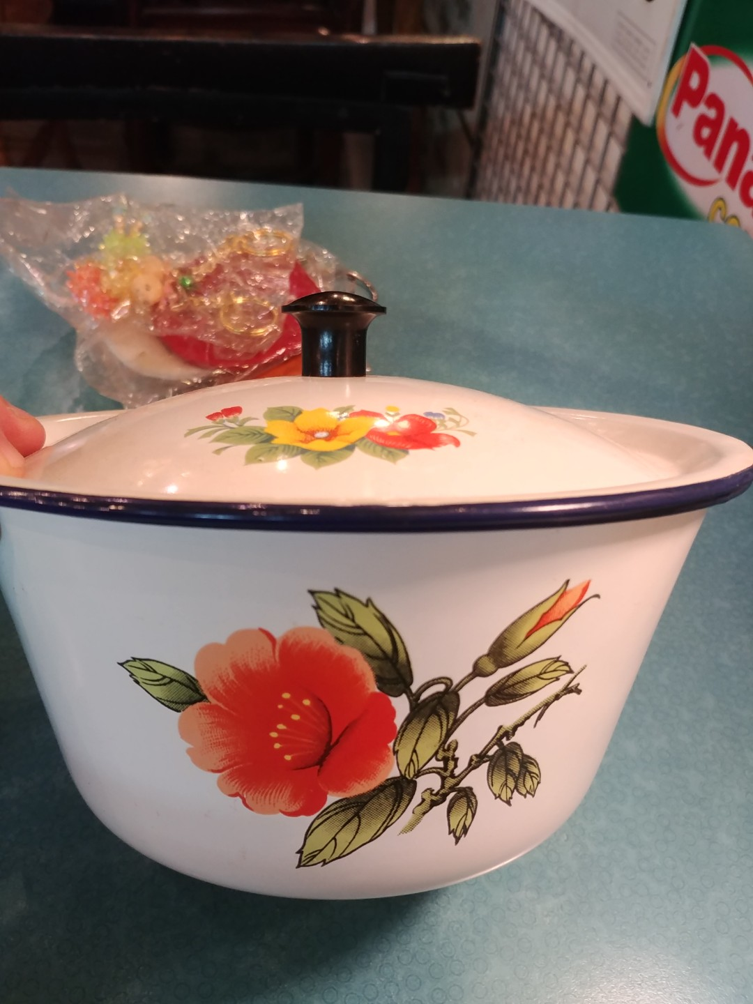 Vintage Kitchenware Enamel Pot Vintage Collectibles Vintage