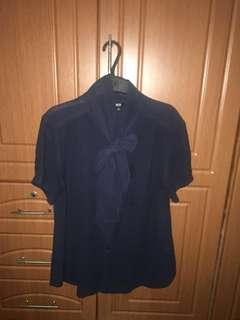 Uniqlo short sleeves navy blue sheer top with ribbon