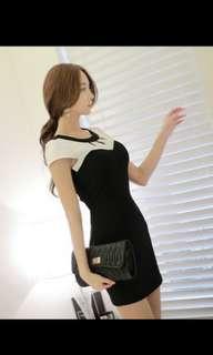 🚚 胸口鏤空短洋裝