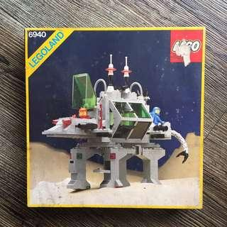 Lego Vintage 6940 Space Alien Moon Stalker