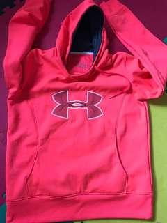 Under Armour woman sweatshirt size Large
