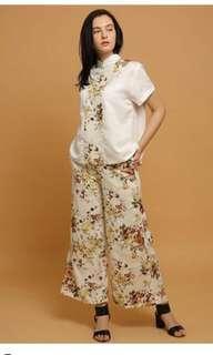 White cheongsam blouse