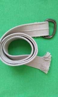 Khaki-colored Canvas Belt (Unisex)