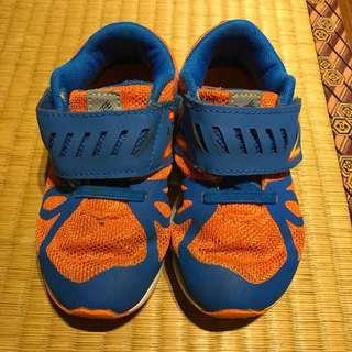 🚚 NB 藍橘配色童鞋