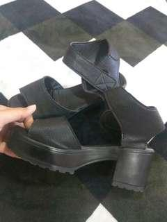 Black wedges/platform #EVERYTHING18