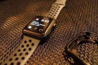 Apple watch series 3 iwatch 42 GPS Space Gray Nike masih garansi