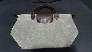 Longchamp Bag  7成新 罕有絨布料 手挽袋