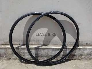 Thickslick Tires 700x23C