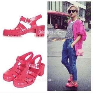 🚚 Juju 粉涼鞋✨