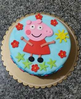 Peppa Pig Fondant Cake for 4th Birthday Party