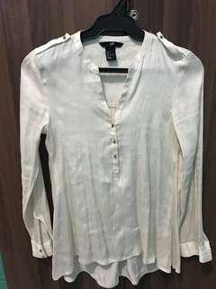H&M silky top
