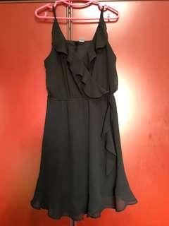 🚚 Black H&M Dress