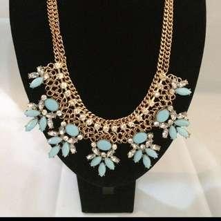 BN Glamorous Blue Necklace