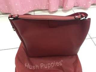 NEW hush puppies