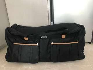XL suitcase duffle with wheels