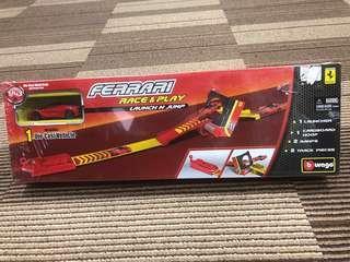Ferrari Race & Play-Launch n jump set