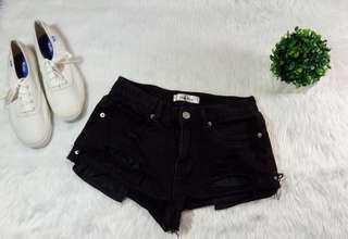 HW Tattered Shorts