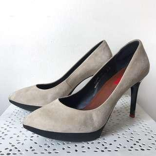 Staccato Heels Pump Shoes