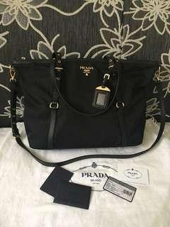 Authentic Prada bag (500 for fast deal)