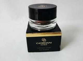 Giordani Gold Cream eye shadow