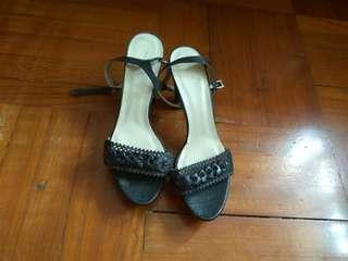 黑色女裝3 吋高踭涼鞋(39碼)