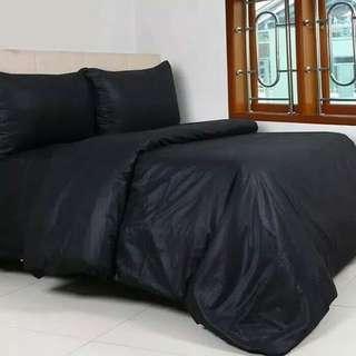 Set bedcover sprei hitam polos