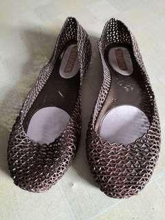 Women slip on sandals (size refer to photo)