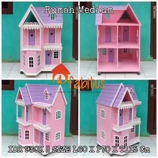 Rumah Boneka Barbie Medium
