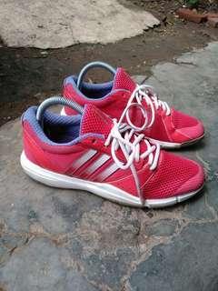 Sepatu adidas clomacool Original size 40.2/3