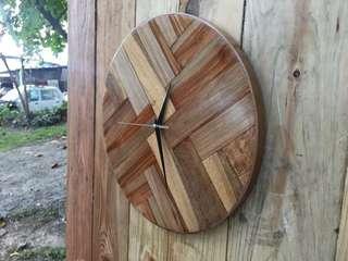 Jam Dinding Kayu / Wall Clock