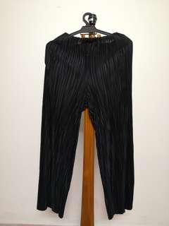H&M Pleated Pant