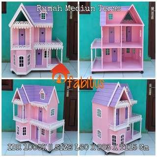 Rumah Boneka Barbie Medium Teras