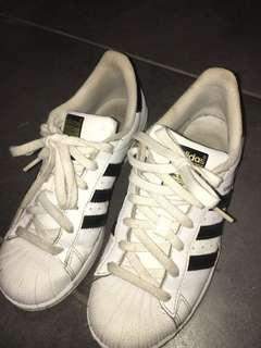 Size 8 Adidas Superstars