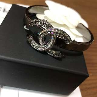 99.9% new Real Chanel Bangle with receipt