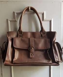 Phynes Brown Leather Handbag