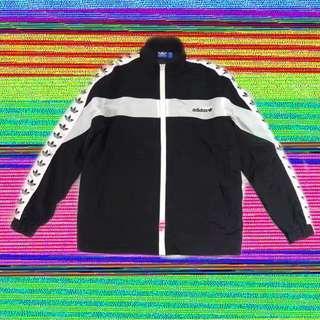 🚚 Adidas 串標復古拼接外套vintage黑白