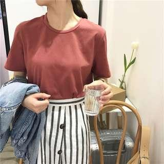 Dusty red basic tee