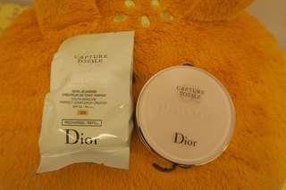 Dior 夢幻美肌氣墊粉餅 #020