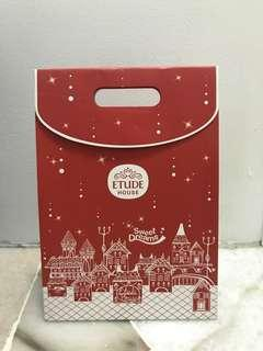 Etude house xmas gift bag