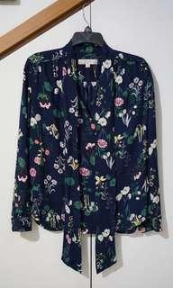 #oktosale Branded LOFT Flower Blouse