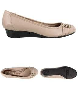 Lifestride / Naturalizer Nude Wedge shoes